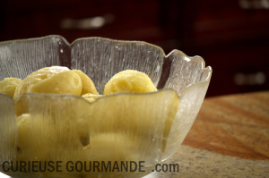 Patates cuites à la vapeur pour les gnocchis